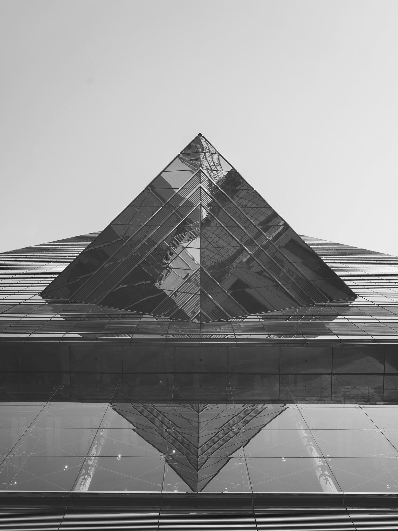 13. Pyramid