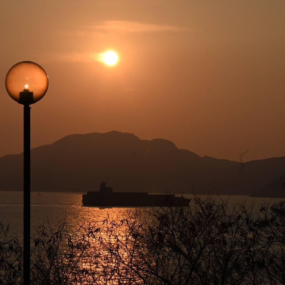 6. Sunsetting_